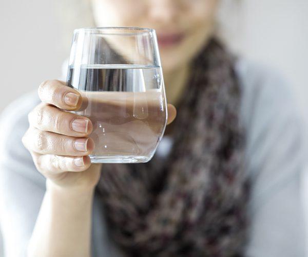 Come cambia la densità papillare renale dopo la terapia di idratazione?