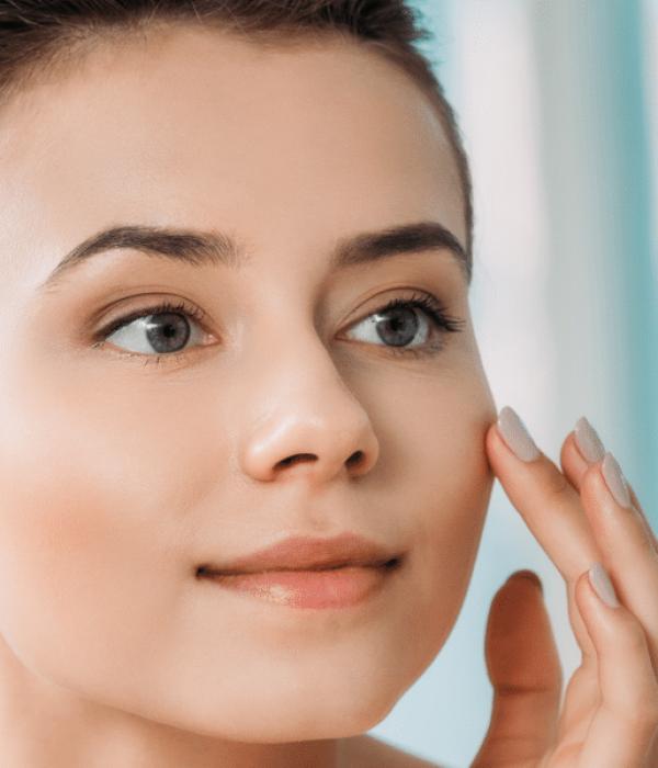 L'acqua nel tuo beauty case: inizia la tua routine di bellezza