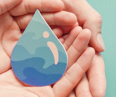 L'acqua costruisce la corazza che protegge la pelle