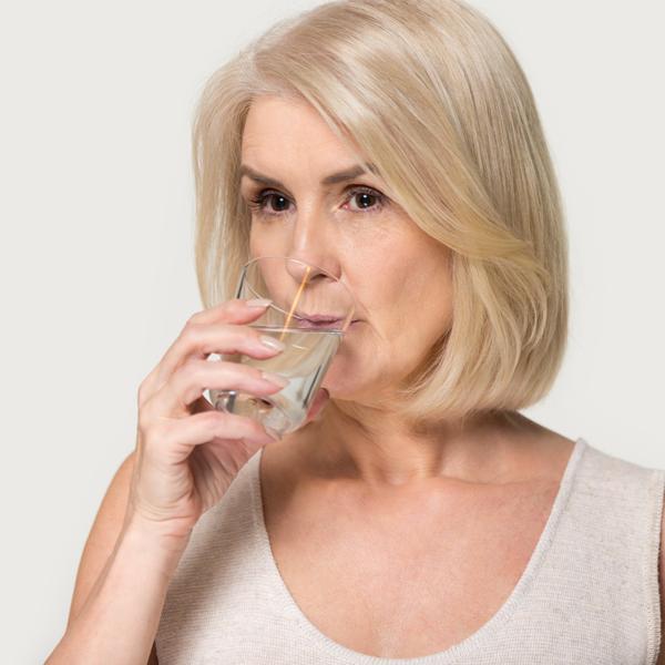 Che ruolo ha l'acqua minerale oligominerale nel trattamento e nella prevenzione dei calcoli uratici? Uno studio ha testato l'efficacia di Acqua Rocchetta.