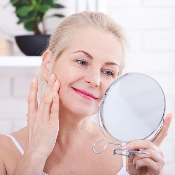 L'invecchiamento cutaneo si contrasta in modo diverso in base all'età